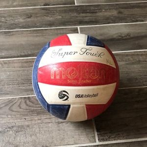 Super Touch Volleyball